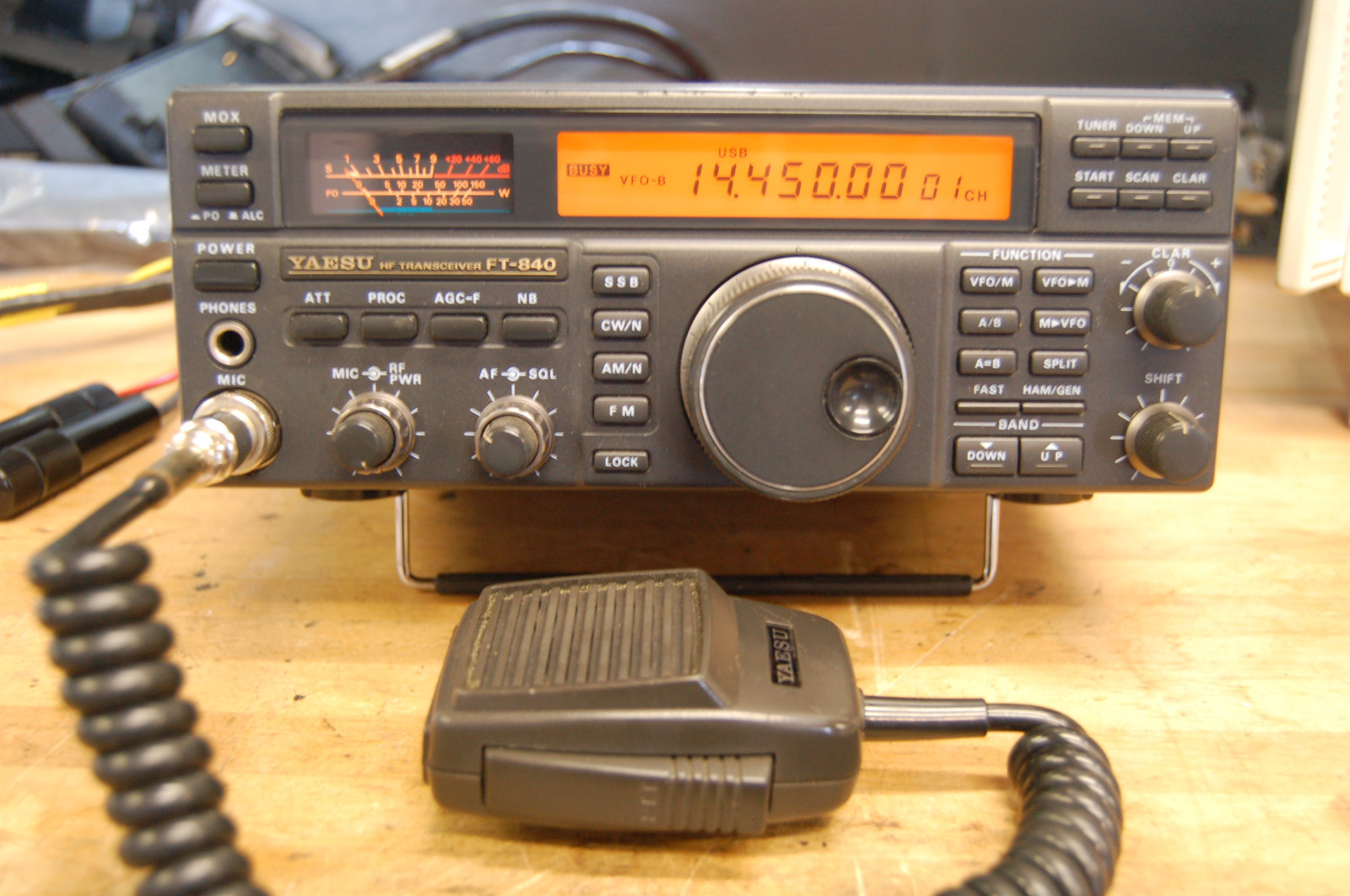 am fm clock radio with Yaesu Ft 840 on 1993 Mitsubishi 3000gt Vr 4 Turbo C 880 moreover 142162012145 furthermore CB stalker20 as well Yaesu Ft 840 besides Heilig07963.