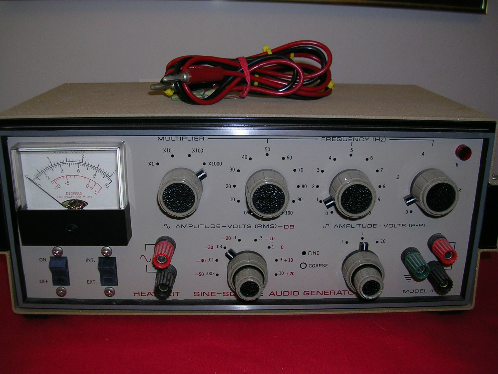 Heathkit Signal Generator : Heathkit ig the old tube radio archives