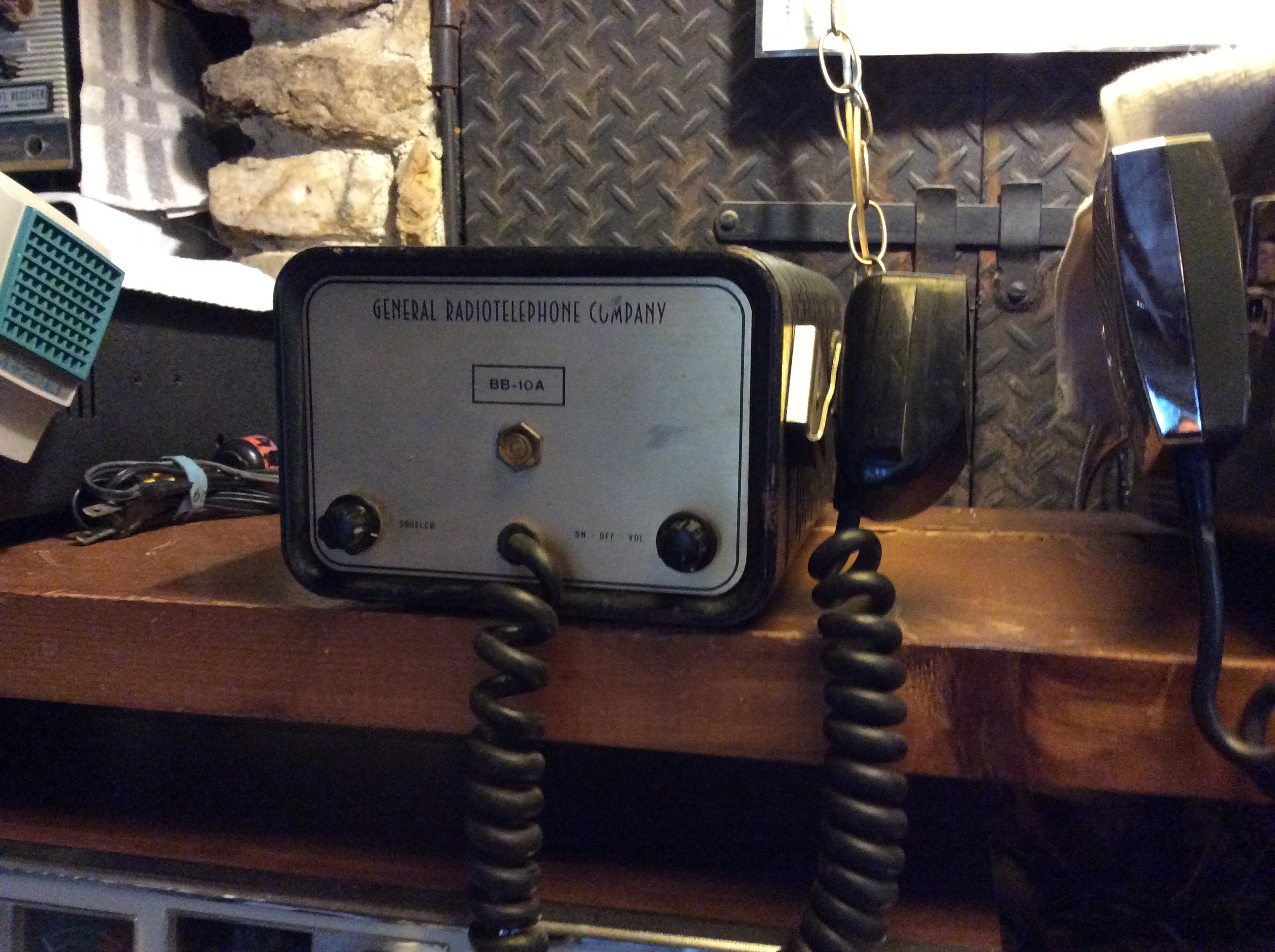General Radiotelephone BB-10A photo courtesy of Paul SWL #45